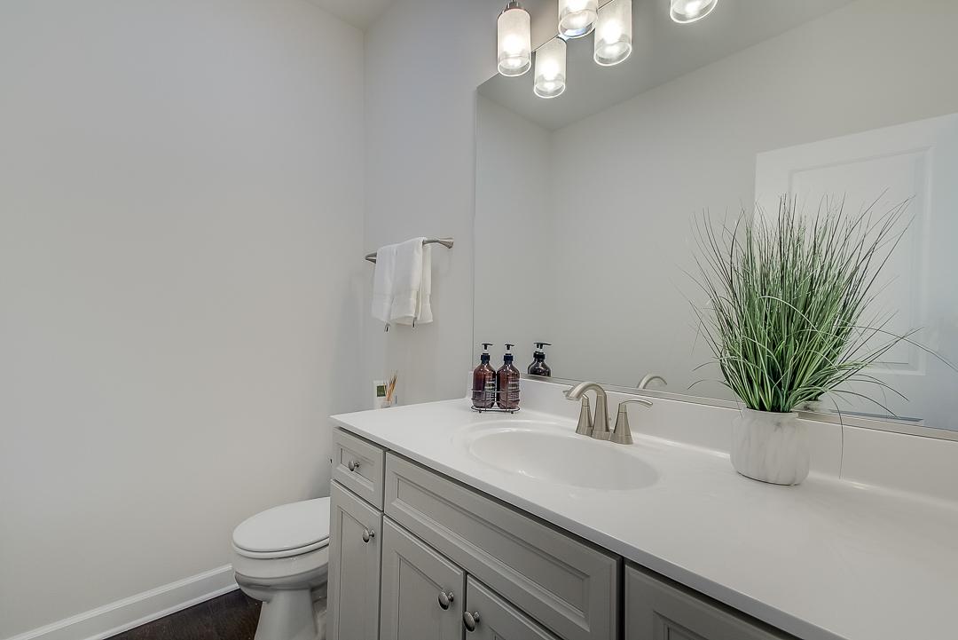 Norton Lake Bluestem Bathroom