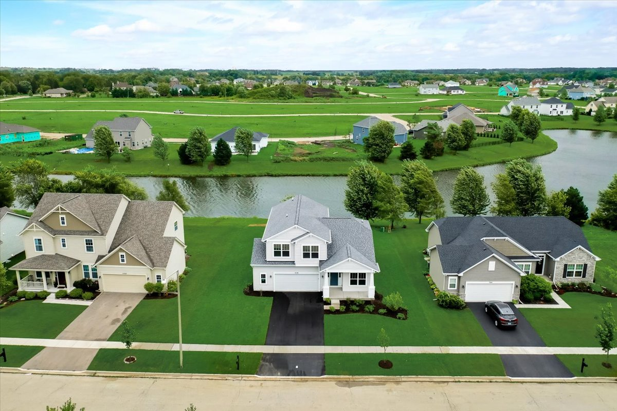 Reston Ponds Community